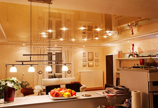 Круговое освещение на кухне