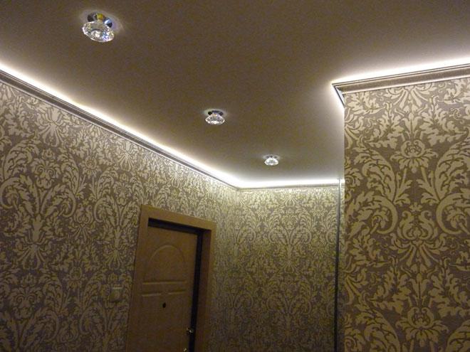 Светодиодная лента с натяжным потолком