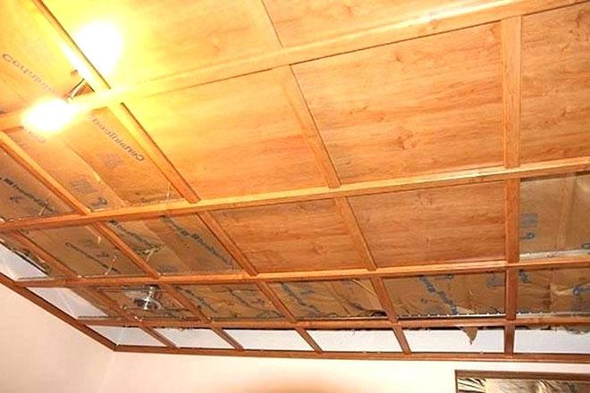 Деревянный каркас для подвесного потолка