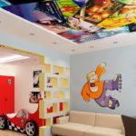 Натяжной потолок в детской с любимыми персонажами