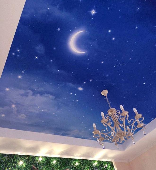 """Натяжной потолок """"ночное небо с луной"""""""