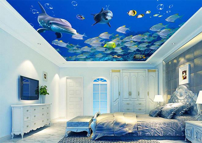 """Натяжной потолок в спальне с рисунком """"дельфины"""""""